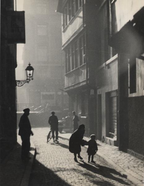 , 'Summer alte Gasse in Frankfurt (Summer, old alley, Frankfurt),' 1929, Robert Mann Gallery