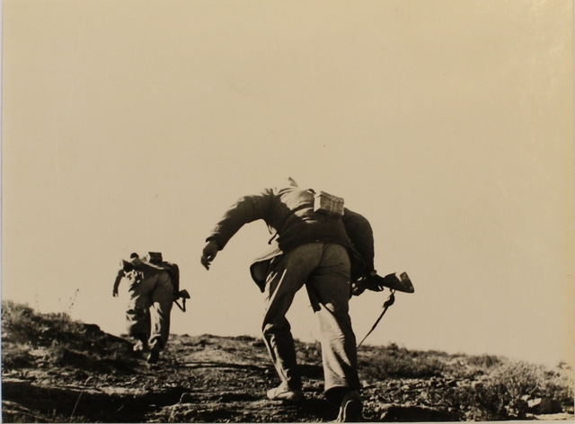 , 'Loyalist Soldiers Running Up Hill, Battle of Rio Segre, Aragon Front, (near Fraga), Spain, November 7, 1938,' 1938, Osborne Samuel
