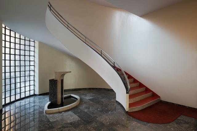 , 'Ingressi di Milano. via Giuseppe Marcora 11 (Casa Borgognoni),' , TASCHEN