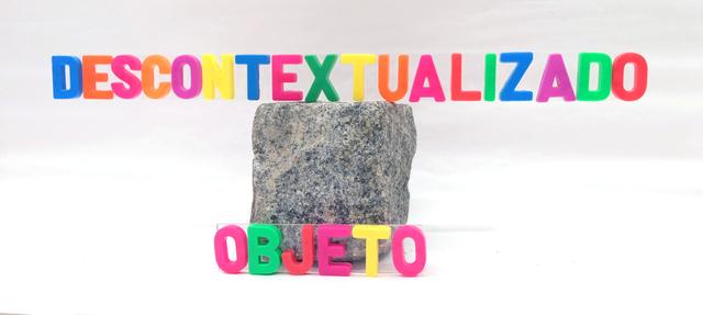 , 'Objeto contextualizado / objeto descontextualizado ,' ca. 1980, Travesia Cuatro