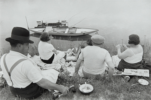 Henri Cartier-Bresson, 'Sunday on the banks of the Seine', 1938, Phillips