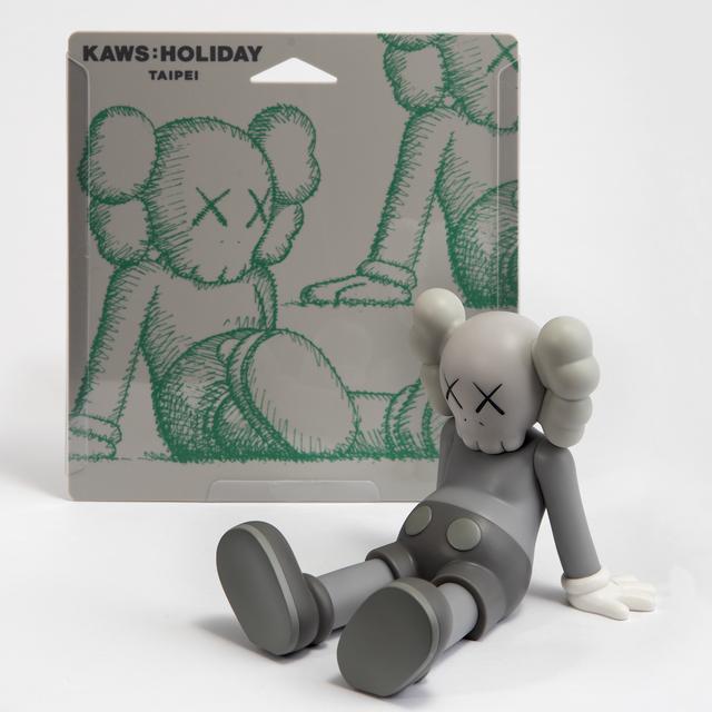 KAWS, 'Holiday (Grey)', 2019, Tate Ward Auctions