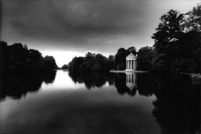 , 'Ohne Titel (Gartenanlagen zu Nymphen- burg), ,' 1974-1988, Museum für Fotografie