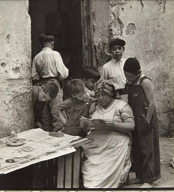 Helen Levitt, 'Mexico City (Woman Reading)', 1941, Doyle