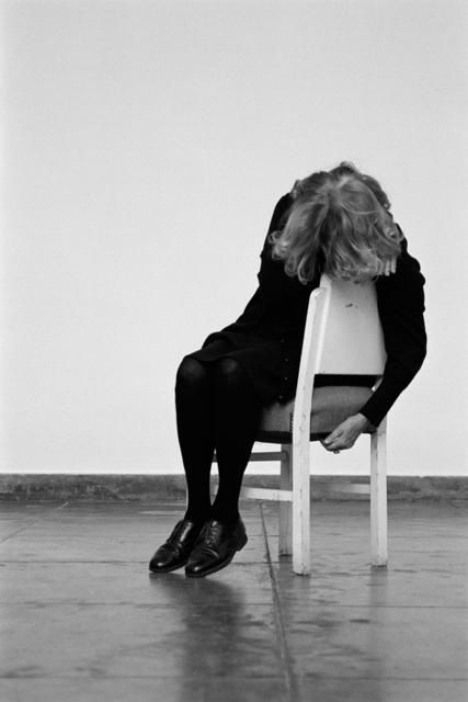, 'A cadeira branca,' 2013, Galeria Filomena Soares
