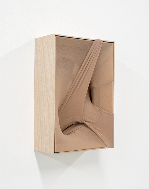 Martin Soto Climent, 'Gossip', 2017, Sculpture, Tights, mirror, banak wood, PROYECTOS MONCLOVA