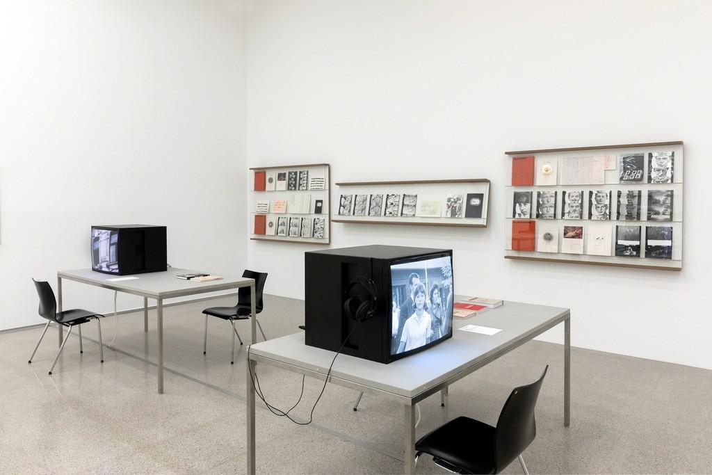 Exhibition view Film und mehr. Aus den Archiven von Kurt Kren und Ernst Schmidt jr. / From the Archives of Kurt Kren and Ernst Schmidt jr. Photo: Lisa Rastl © mumok