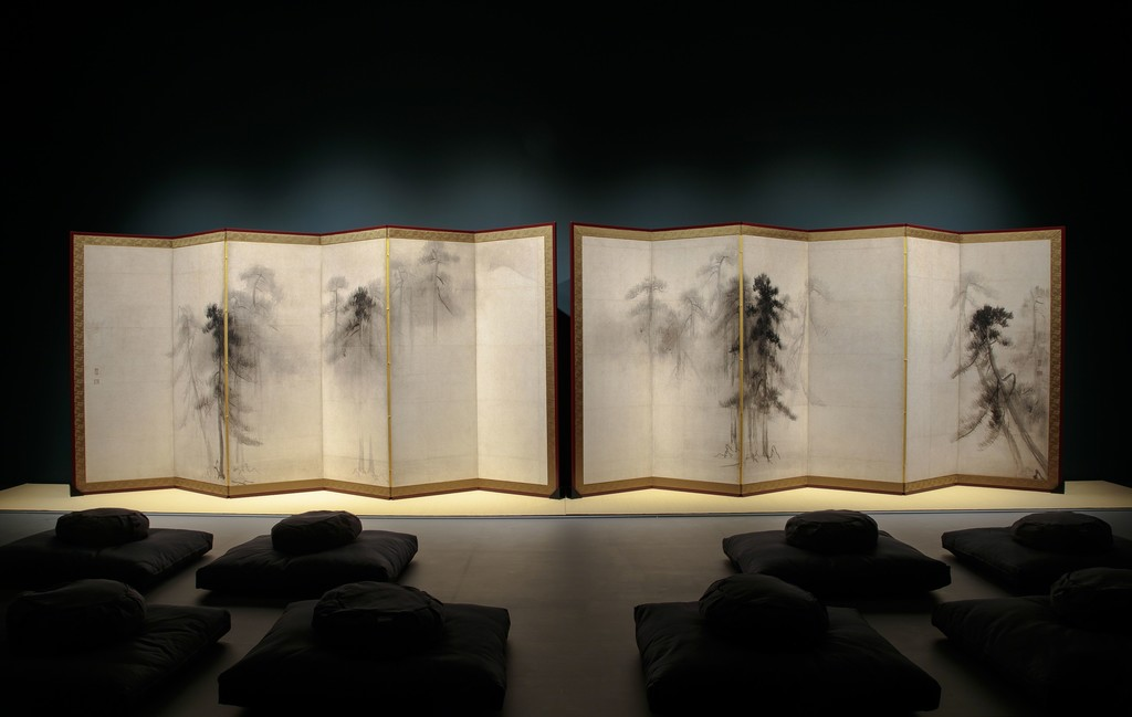 Installation view of Hasegawa Tōhaku (Nobuharu), Facsimile of Pine Trees, 16th c. (detail). Pair of six-panel folding screens; ink on paper. Tokyo National Museum. © Richard Goodbody