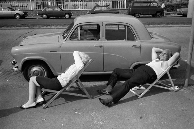, 'An English summer day, Southend on Sea, Essex, Saturday 17 August,' 1974, Les Douches La Galerie