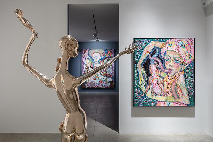Del Kathryn Barton: sing blood-wings sing, installation view.  albertz benda, New York.  February 28 - April 13, 2019.