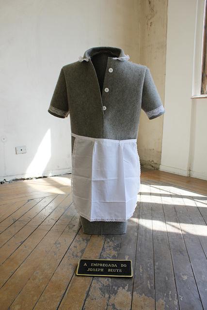 , 'A Empregada do Joseph Beuys,' 2014, Sé Galeria