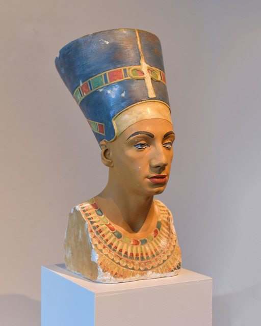 , 'I used to be Nefertiti,' 2014, Transit