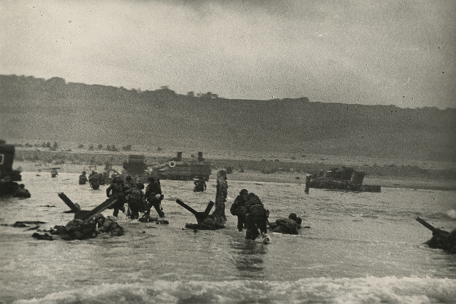 , 'American Soldiers Landing on Omaha Beach, D-Day, Normandy, France, June 6,' 1944, Howard Greenberg Gallery