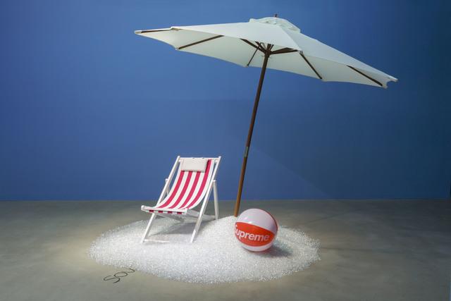 , 'Sous les pavés, la plage !,' 2014, de Sarthe Gallery
