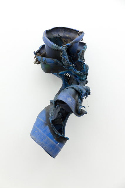 , 'Falling Sleeves (double blue),' 2017, Galerie Gisela Clement