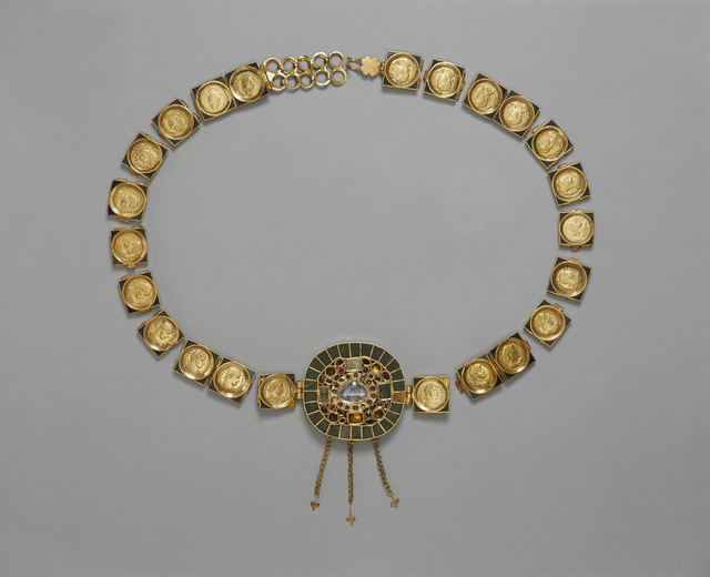 'Belt with Central Medallion', ca. 385 -400, J. Paul Getty Museum