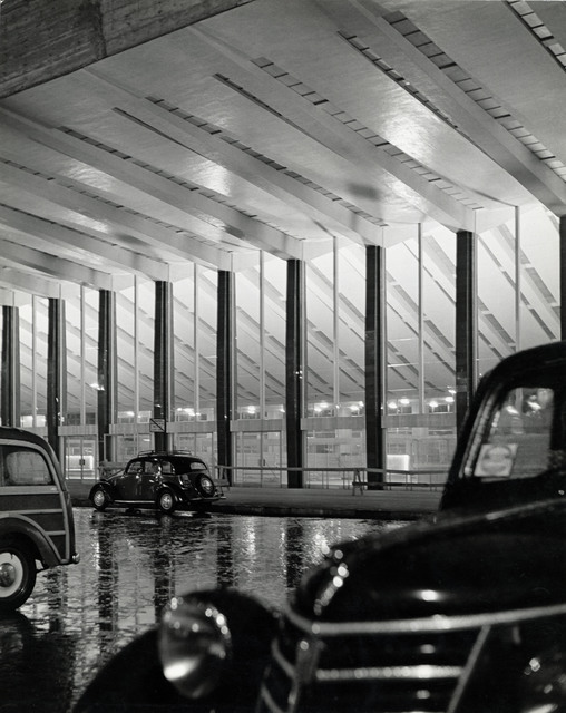 , 'ITALY. Rome. Termini station. There are still a few cars left in front of the main entrance, past midnight.,' 1950, Magnum Photos