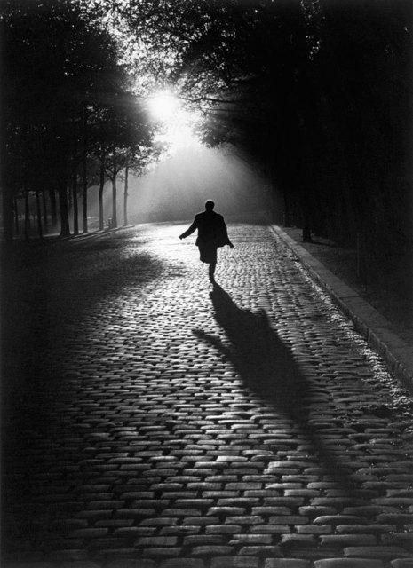 Sabine Weiss, 'L'homme qui court', 1953, Les Douches La Galerie