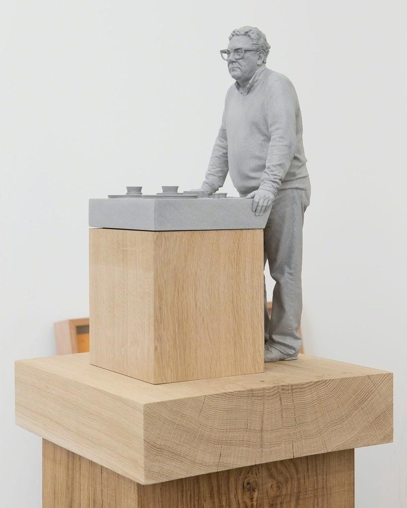 """Trevor Horn"" 2015 / Alumide, oak / Alumide, chêne / 71 7/8 x 12 3/8 x 12 3/8 inches / 182,5 x 31,5 x 31,5 cm / Unique / Courtesy Galerie Perrotin"