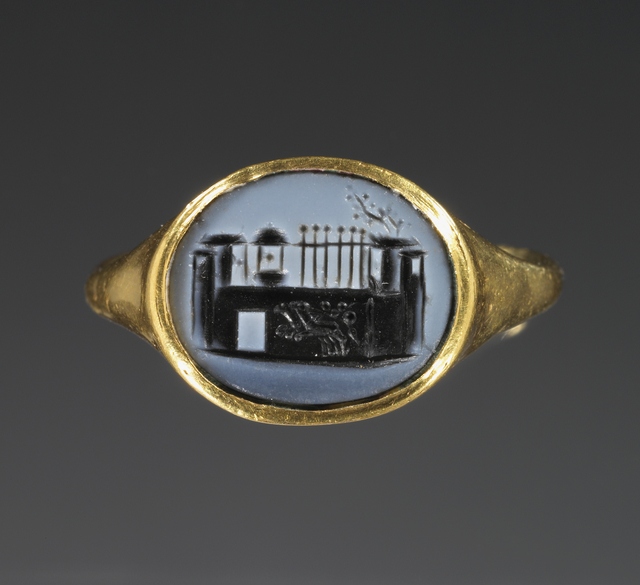 'Cameo Gem Inset Into a Hollow Ring',  1st century, J. Paul Getty Museum