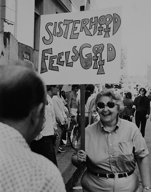 Cathy Cade Sisterhood Feels Good, Los Angeles 1972 Digital print 11 x 16 in. © and Courtesy the artist.
