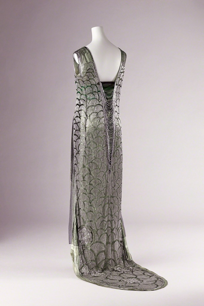 Beer / Evening Dress / ca.1919 / Collection of the Kyoto Costume Institute (KCI) / Photo by Masayuki Hayashi