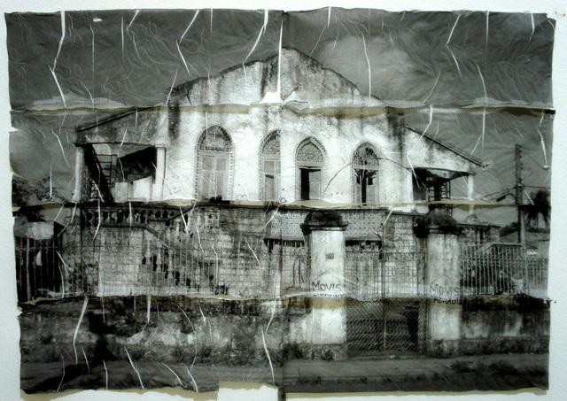 """, '""""Espólios I"""", from the series """"Ruínas"""",' 2012, Portas Vilaseca Galeria"""