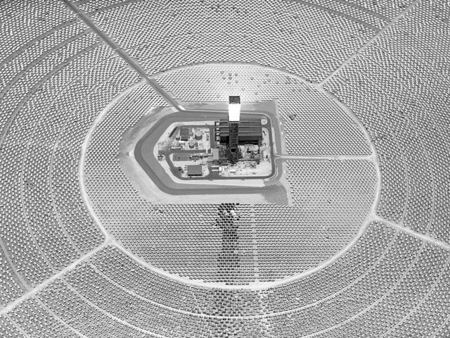 Olivo Barbieri, 'Ivanpah Solar Electric Generating System CA', 2017, Matthew Liu Fine Arts