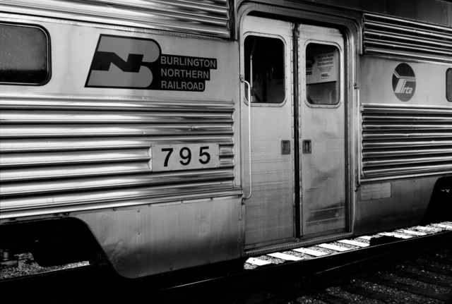 , 'Burlington Northern Railroad, Chicago Regional Transportation Authority, Chicago, Illinois,' , Galerie Thomas Zander