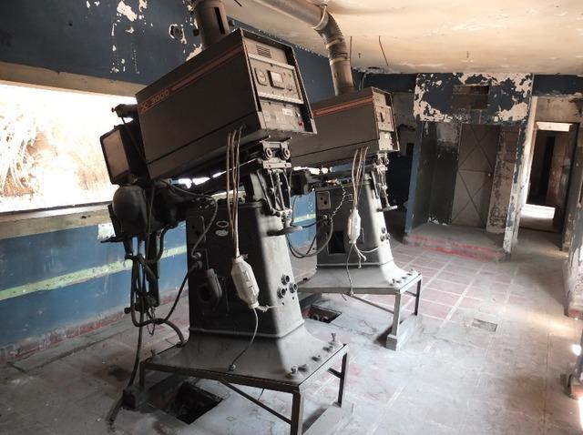 , 'Projectors,' 2010, le laboratoire