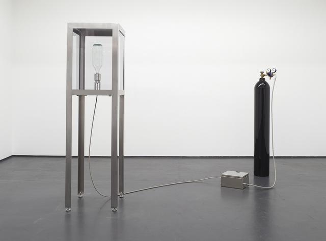 , 'D.P.D.U.F.A. (dilatazione pneumatica di una forza attiva),' 2016, Philipp von Rosen Galerie