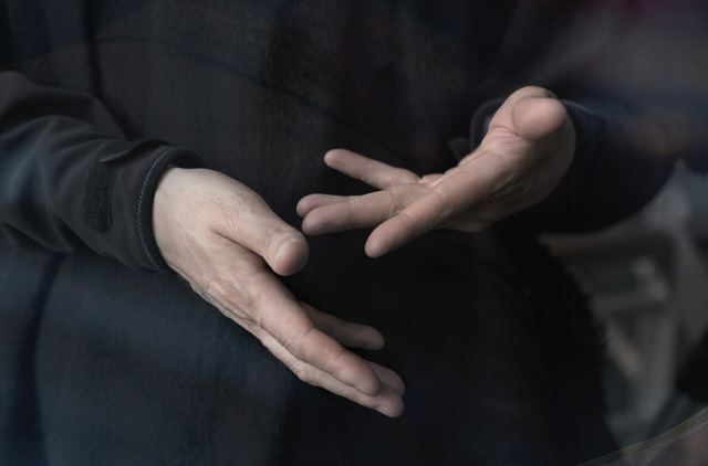, 'Les mains III,' 2016, Galeria Senda
