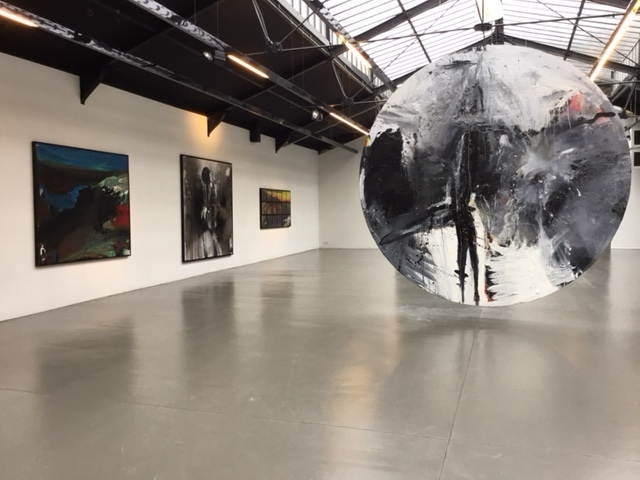 Installation view, Courtesy La Patinoire Royale / Galerie Valérie Bach, Brussels