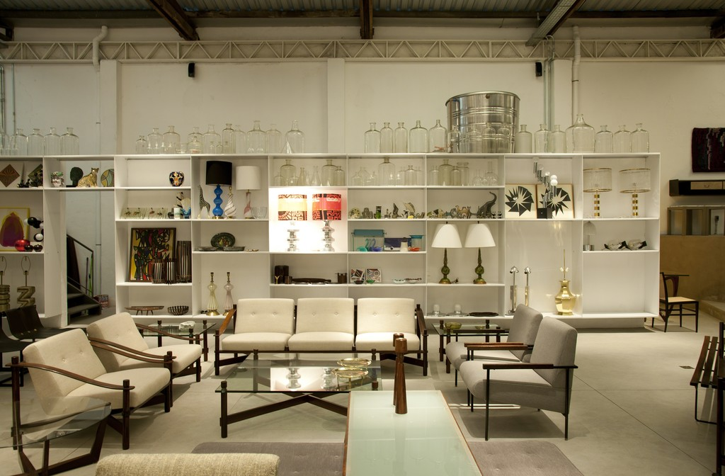 Overview of our furniture and décor objects.