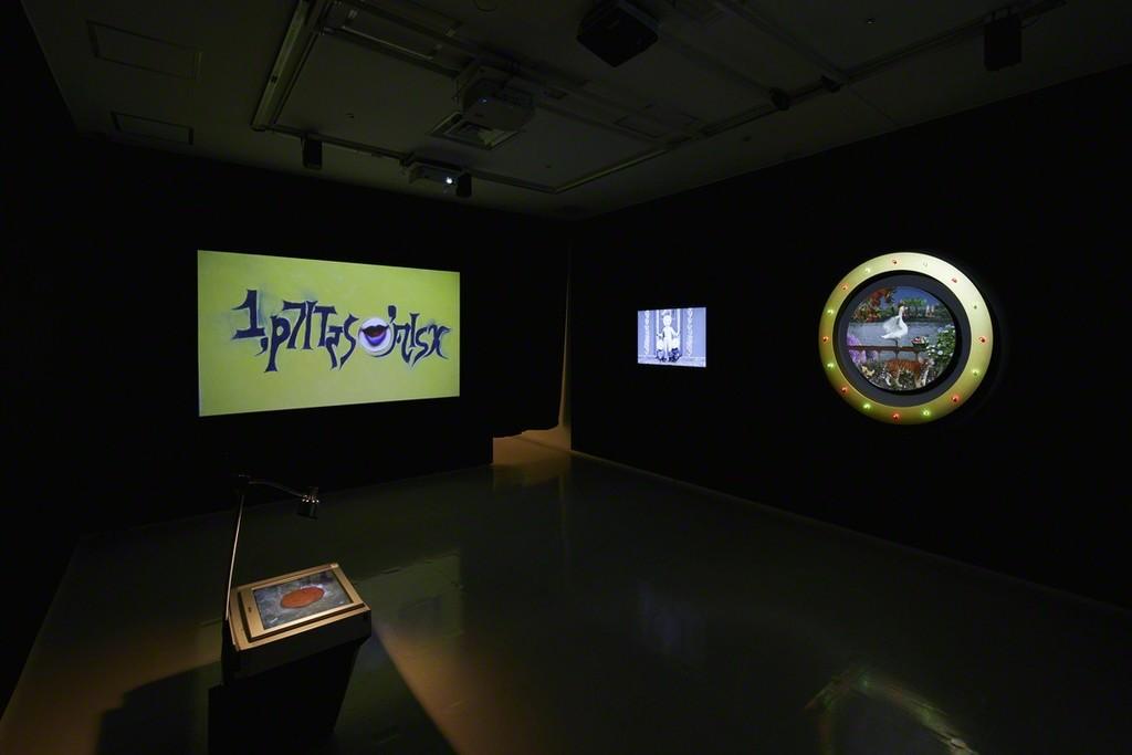 "Installation view from ""command X"" 8/ ART GALLERY/ Tomio Koyama Gallery, 2017 ©Yuriko Sasaoka, photo by Kenji Takahashi"