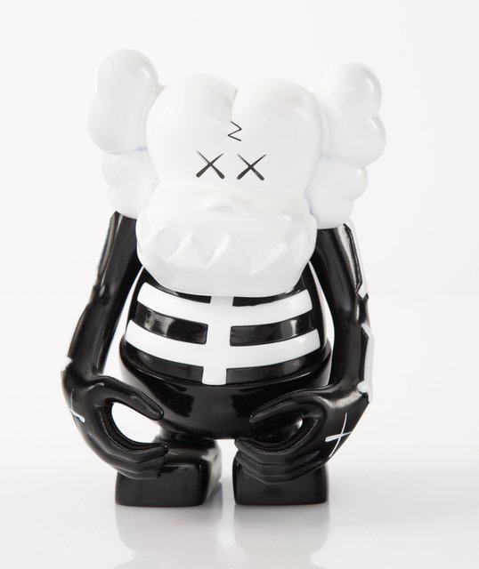 KAWS, 'Skull Kun (Black/White)', 2006, Sculpture, Painted cast vinyl, Heritage Auctions