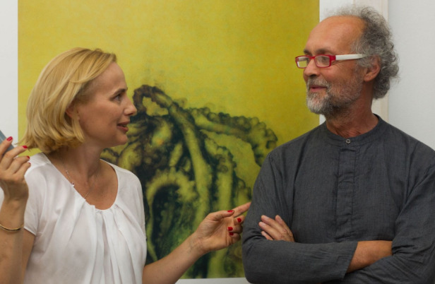 Euro Rotelli, the author of the exhibition and Barbara Čeferin, gallery owner and director