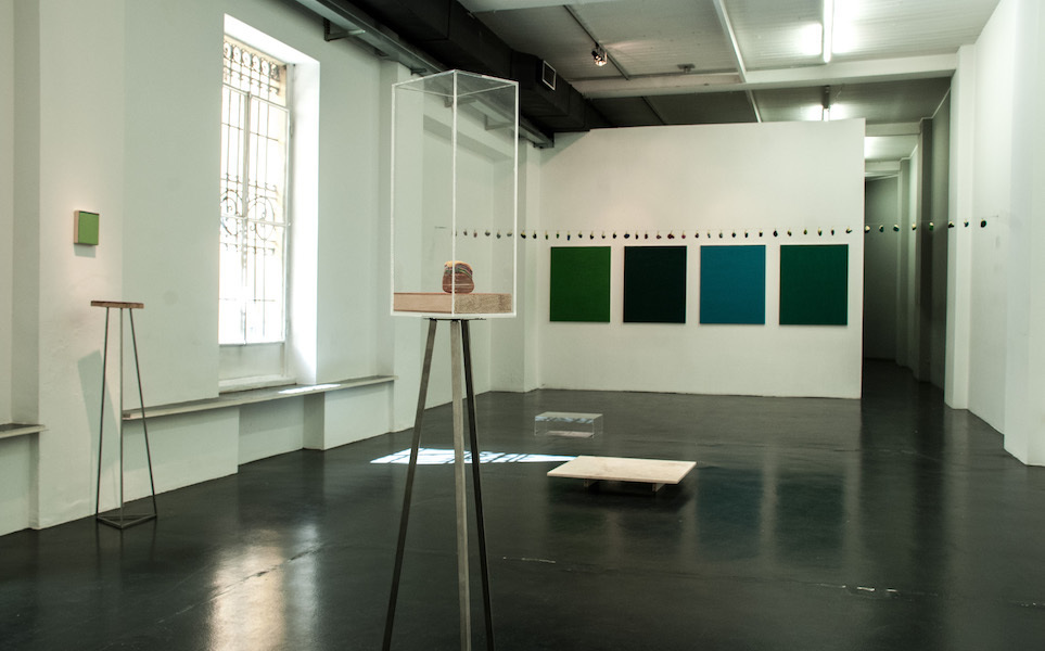 Maria Morganti, Pronuncia i tuoi colori, 2015, installation view at Otto Zoo. Courtesy OttoZoo