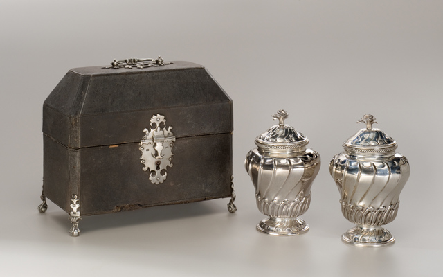 Lewis Herne and Francis Butty, 'Pair of Tea Canisters with Case', 1758-1759, Design/Decorative Art, Silver, Clark Art Institute