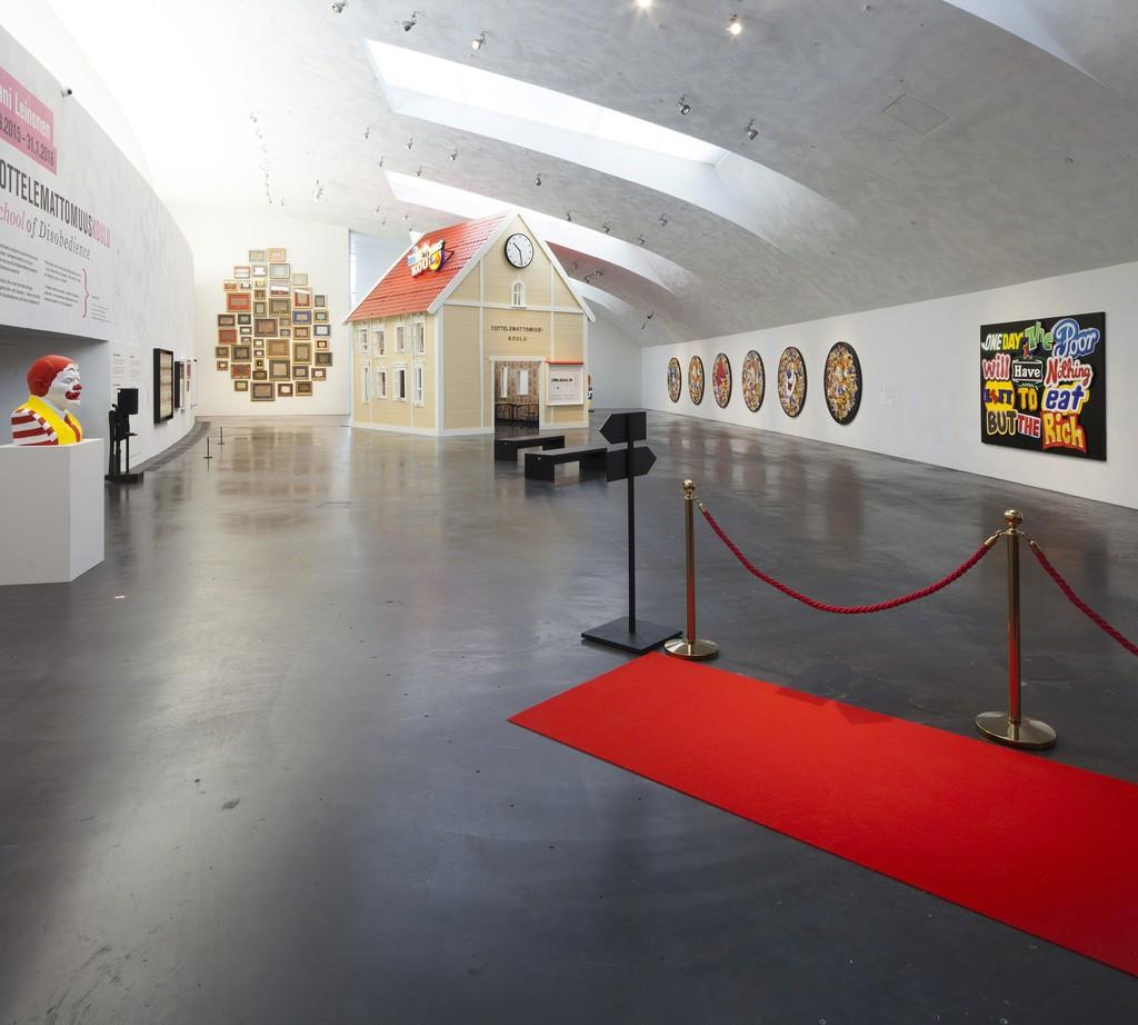 Installation view of Jani Leinonen: School of Disobedience. Kiasma Museum of Contemporary Art, Helsinki. Courtesy of Finnish National Gallery / Pirje Mykkänen.