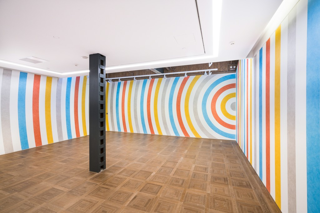 Exhibition view of 'SOL LEWITT: WALL DRAWINGS' at Perrotin Shanghai. © 2019 Estate of Sol LeWitt/Artists. Rights Society(ARS), New York. Photo by Yan Tao. Courtesy Perrotin.