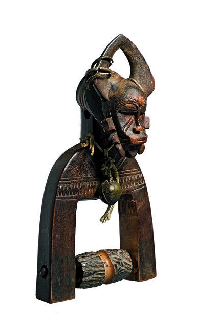 , 'Étrier de poulie de tisserand (Weaver's heddle pulley),' c. 1930, Musée du quai Branly