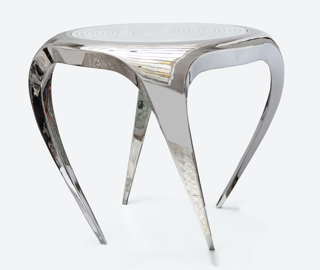 ", 'Bridge table ""Anemone"",' 2013, Galerie Loft"