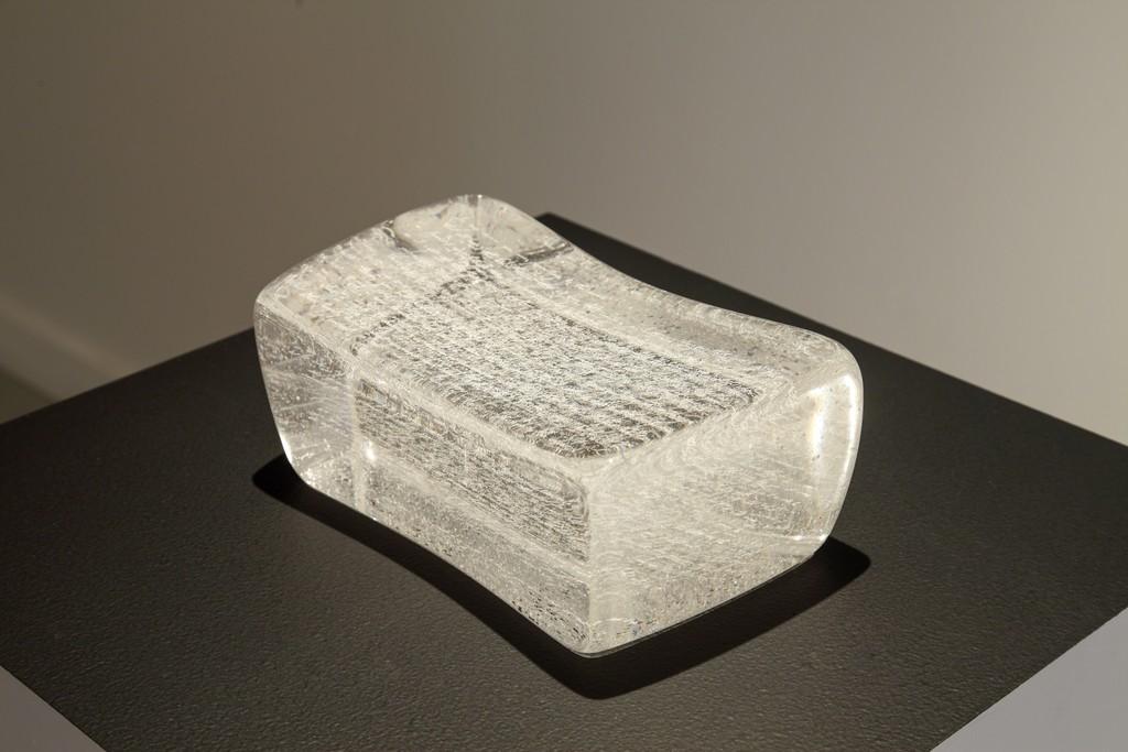 "Pillow Book, 2015, Glass, 10"" x 5.5"" x 4.5"" Photo: Gabriel Cosma"