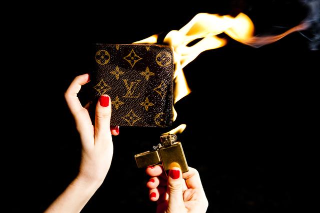 Tyler Shields, 'Louis Vuitton Wallet on Fire', 2012, Photography, Chromogenic Print on Kodak Endura Luster Paper, Isabella Garrucho Fine Art