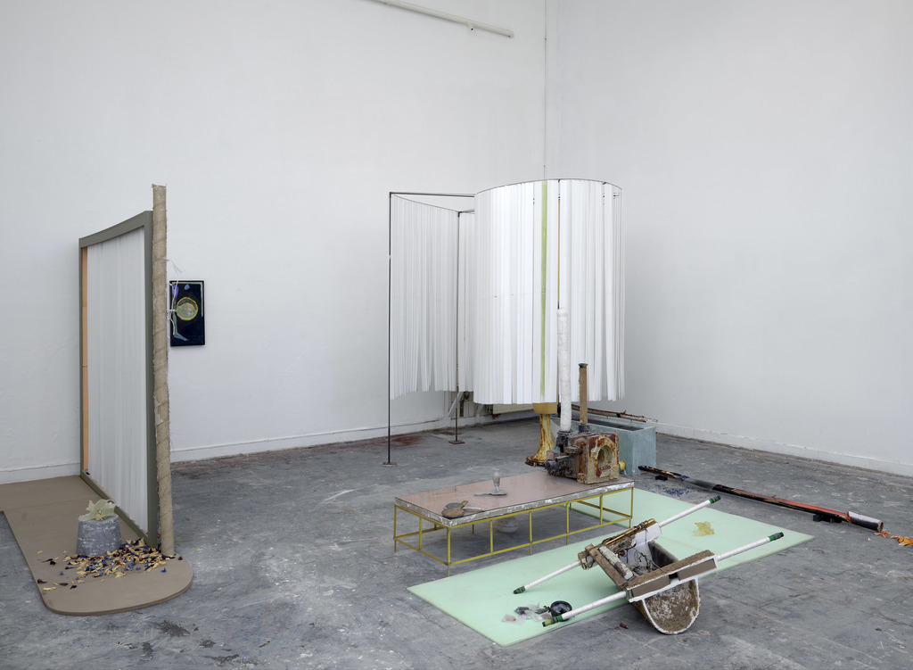 ONCE A CLOSELY GUARDED SECRET, 2019 DE ATELIERS OFFSPRING INSTALLATION VIEW