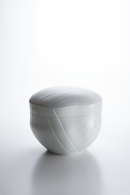 , 'Sculpted White Porcelain Lidded Box with Obi Pattern,' 2017, Onishi Gallery