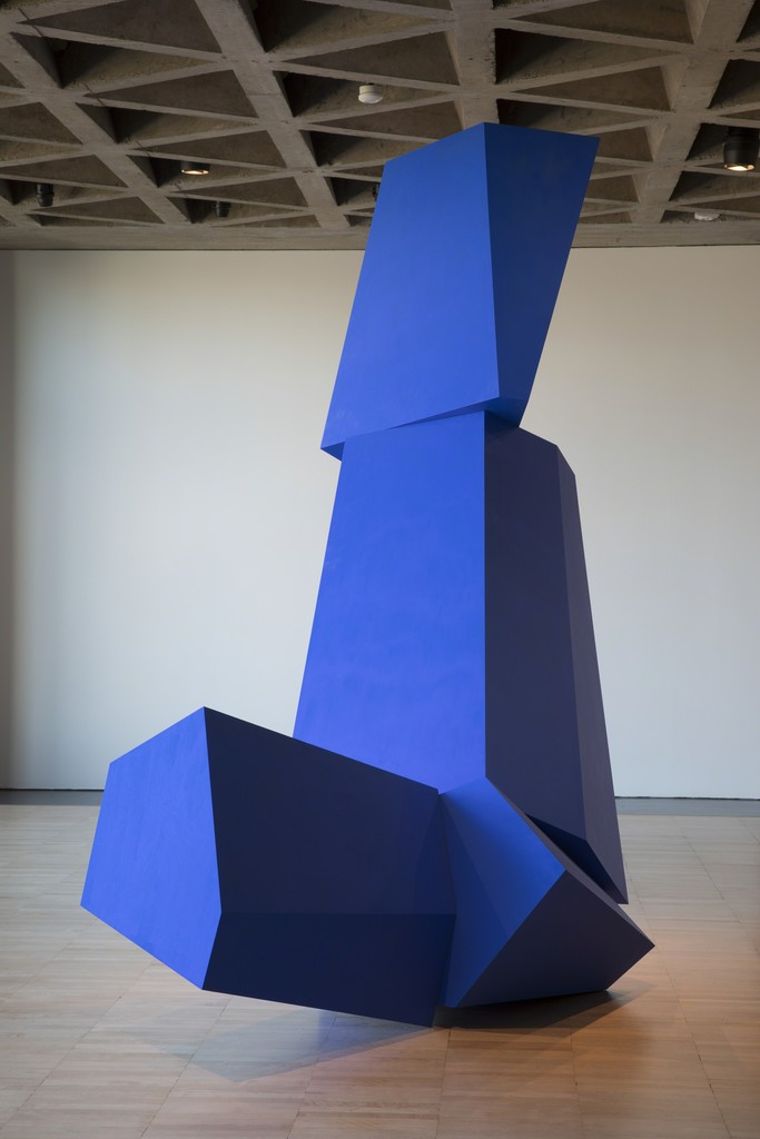 Joel Shapiro, Really Blue (after all), 2016. Wood and casein. Courtesy of the artist. © 2018 Joel Shapiro/Artists Rights Society (ARS), New York