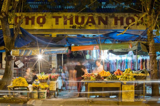 , 'Hue 18h6h 05 - Market on Le Huan Street,' 2015, Art Vietnam Gallery