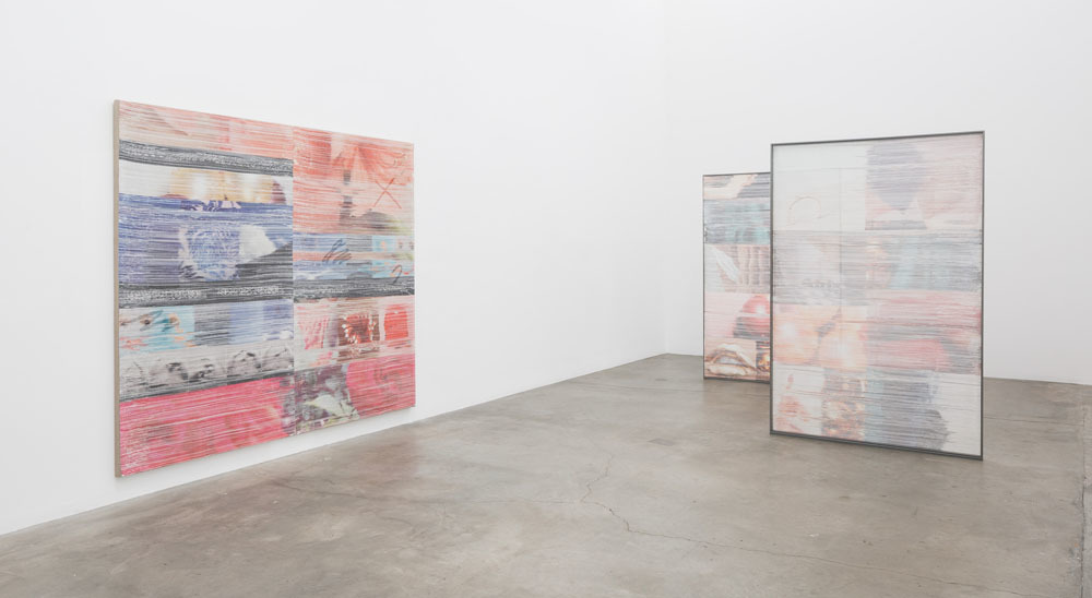 Margo Wolowiec, Double blind, Installation view, 2016